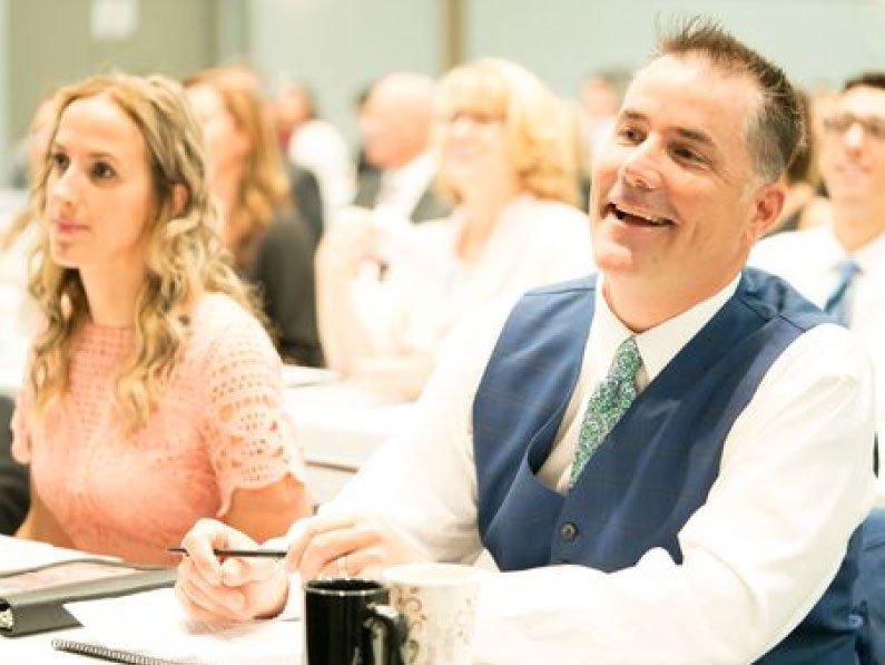 attendees at new beginnings chiropractic seminar
